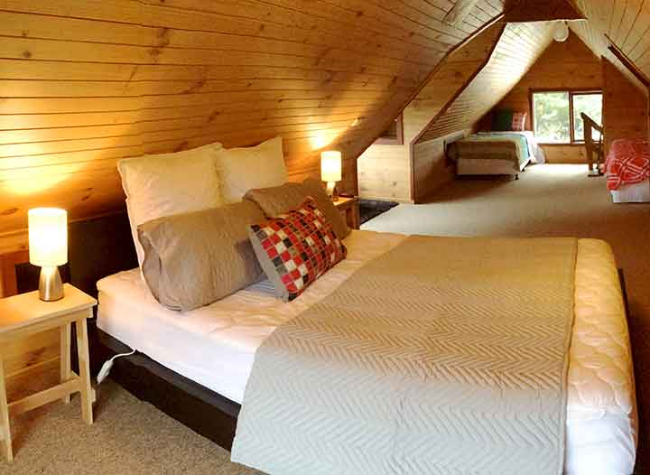 The Attic Queen Bed